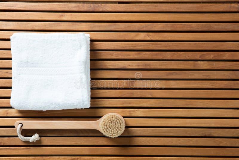 La vie toujours pour le brossage sec, hygiène, bain, papier peint de vue supérieure photos stock