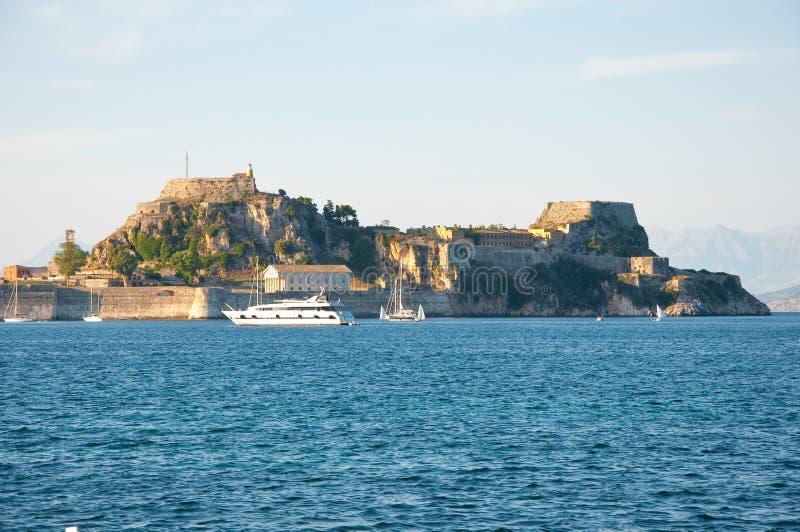 La vieille forteresse de Corfou vue du rivage La Grèce photo stock