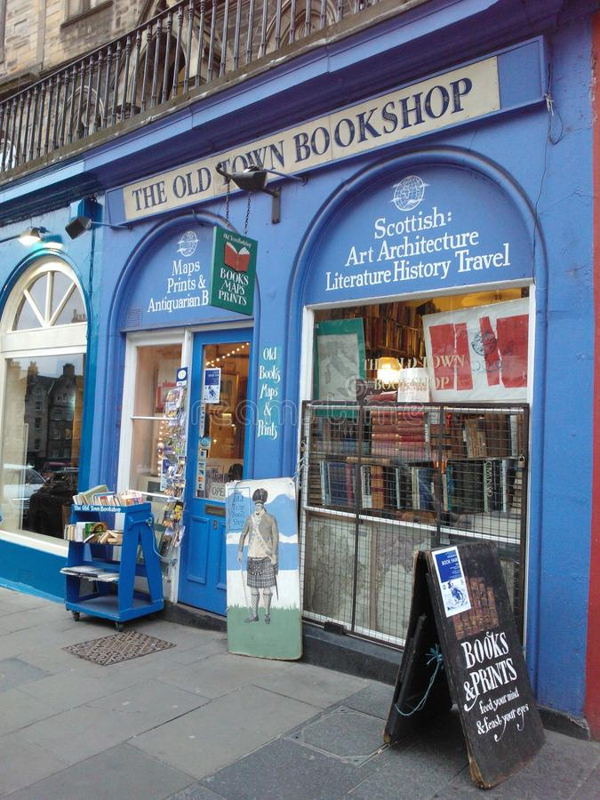 La vieille librairie de ville photo stock