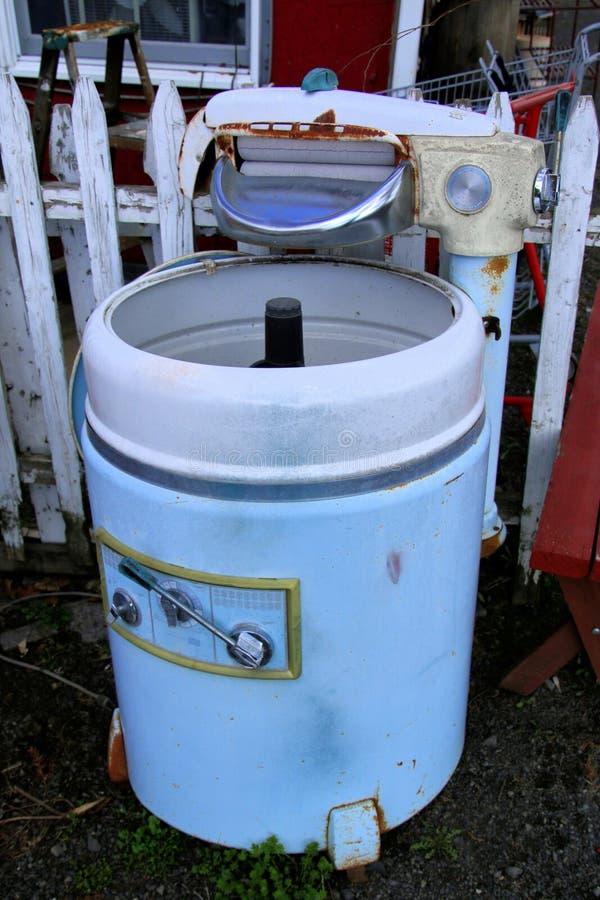 La vieille machine à laver photo libre de droits