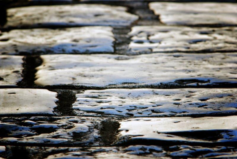 La vieille pierre poved la route en Veli Losinj, Croatie photo libre de droits