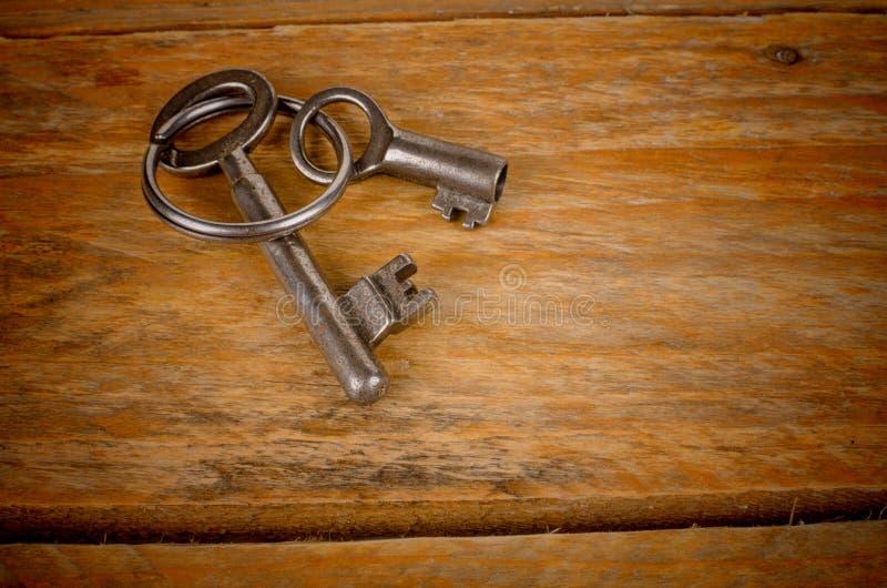 La vieille vie de stiill de clés photographie stock libre de droits