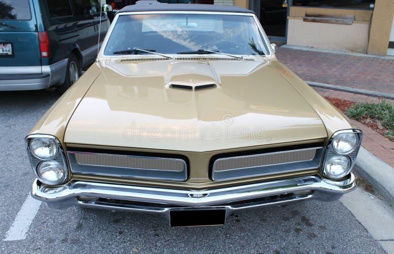 Vieille voiture de Pontiac GTO photo stock