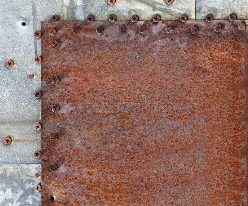 La vieja textura pintada coloreada del metal imagenes de archivo