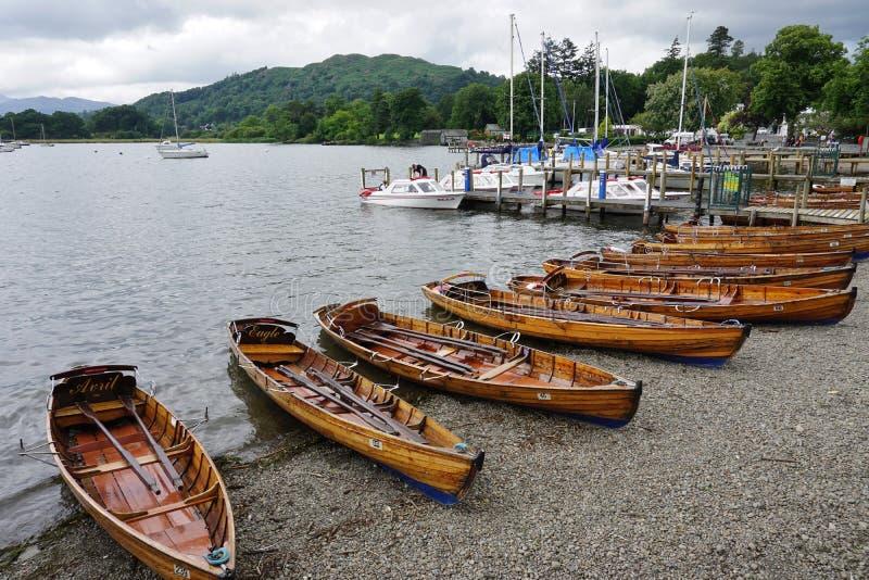 La ville d'Ambleside sur le lac Windermere image stock