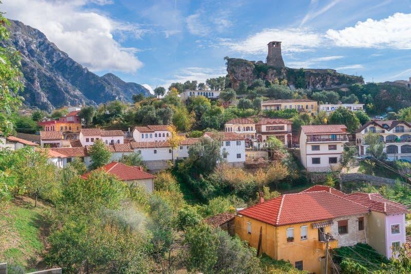 La ville de Kruje en Albanie photos libres de droits