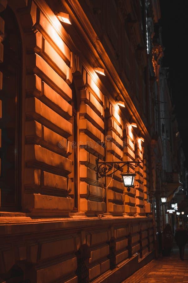 La ville de nuit images stock