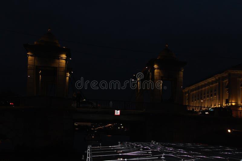 La ville de St Petersburg, pont image stock