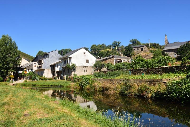 La ville frontalière de Riohonor De province de Castille, Zamora, Castil photo stock