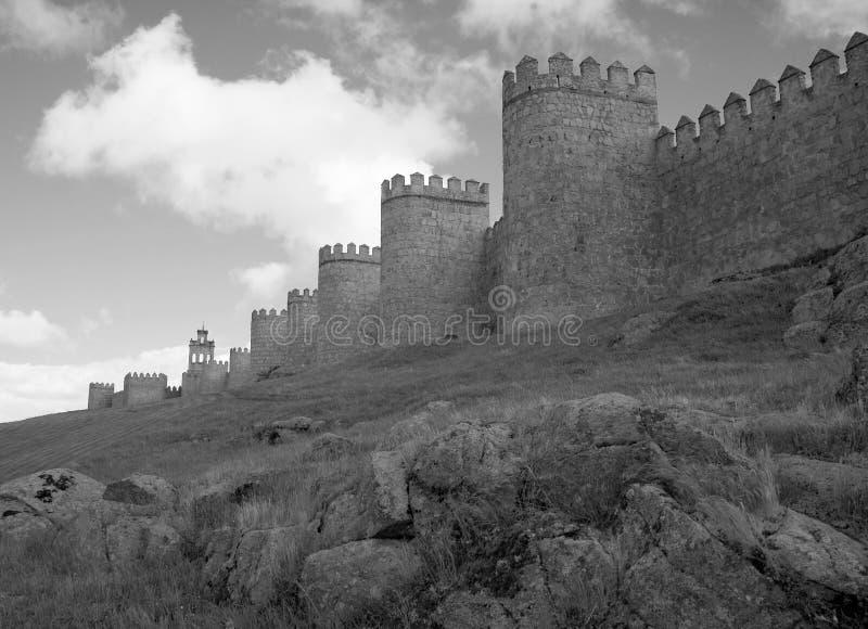La ville médiévale mure B&W photographie stock