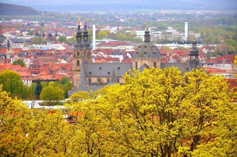 La visión en los Dom (catedral) del jardín fotografía de archivo