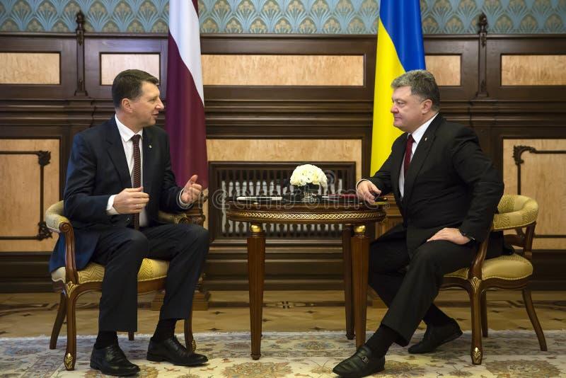 La visita ufficiale del presidente della Lettonia Raimonds Vejonis t immagine stock libera da diritti