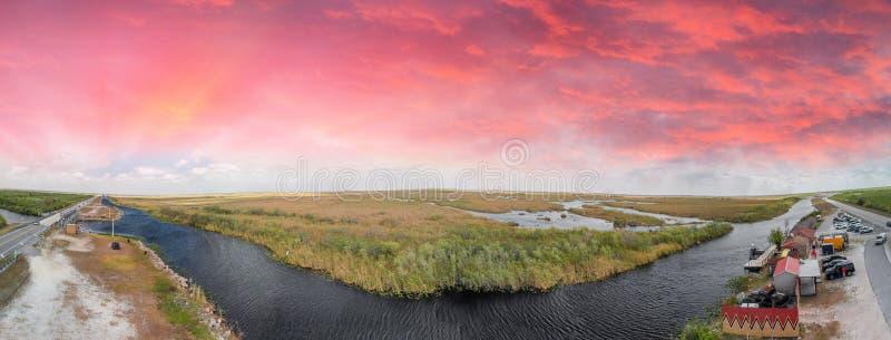 La vista aérea panorámica de los marismas hunde, la Florida - los E.E.U.U. foto de archivo libre de regalías