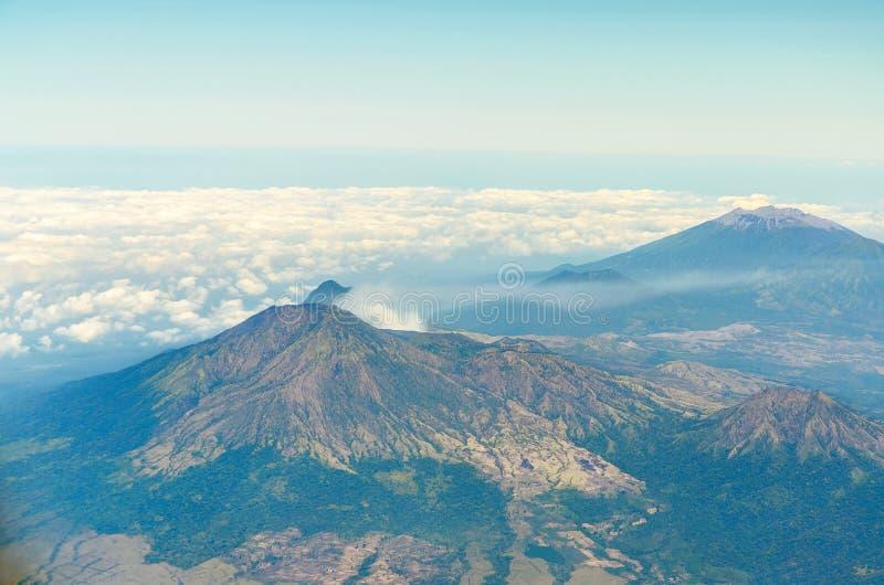 La vista aerea di ijen il vulcano in Java Indonesia immagine stock