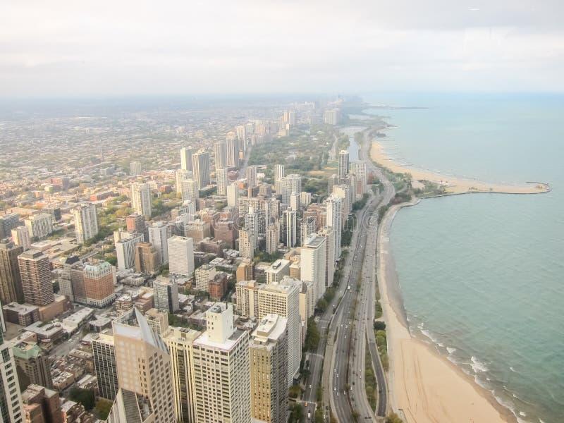 La vista dal centro di John, Chicago è la città dei grattacieli Vie, costruzioni ed attrazioni di Chicago della città fotografia stock libera da diritti