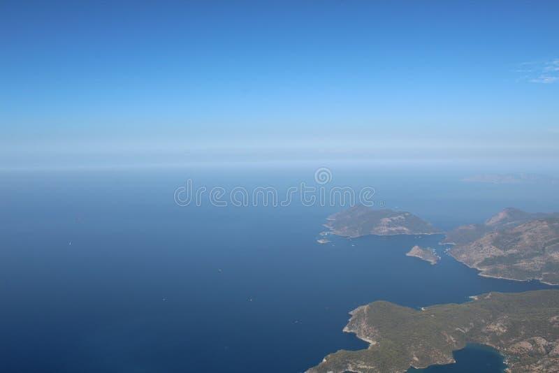 La vista de las montañas y del mar 6 imágenes de archivo libres de regalías