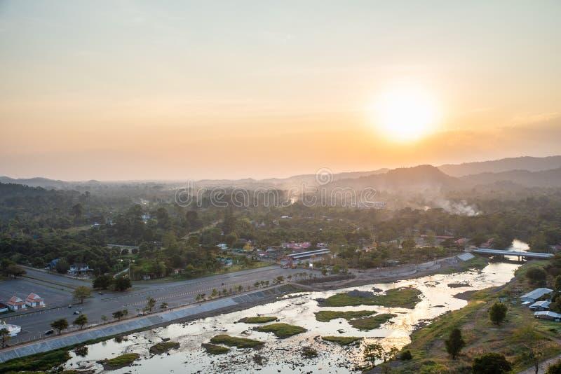 La vista del paesaggio ? bello Khun Dan Prakan Chon Dam, Nakhon Nayok, Tailandia fotografia stock libera da diritti