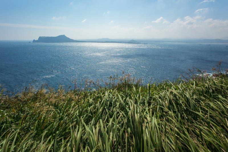 La vista del paesaggio dal picco di Udo-bong fotografie stock