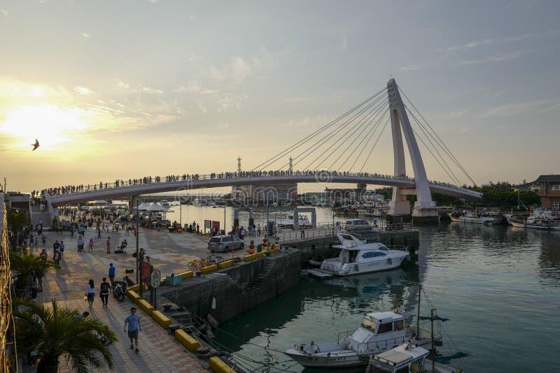 La vista del puente del amante de Tamsui en el muelle del pescador de Tamsui Es un punto escénico en la extremidad occidental del imágenes de archivo libres de regalías