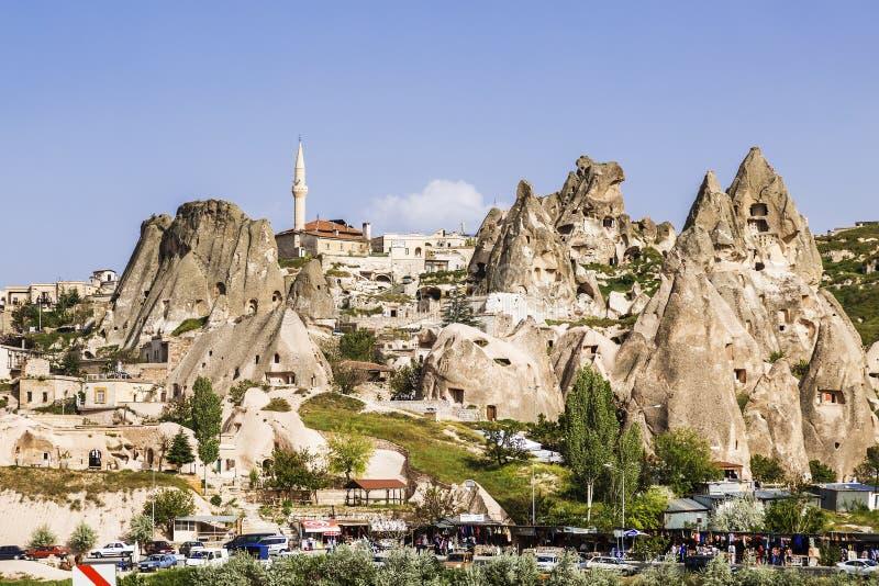 La vista della città antica e della fortezza Uchisar, Cappadocia fotografie stock
