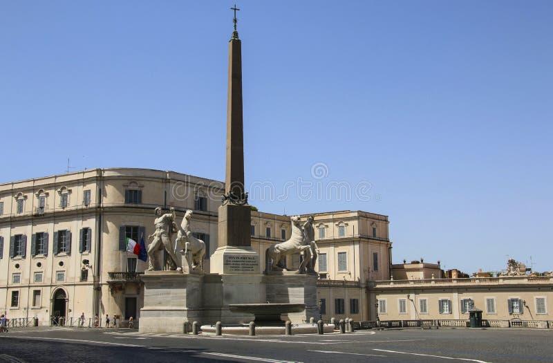 La vista della piazza del Quirinale del quadrato del ` s di Quirinal con il suo ancien fotografie stock