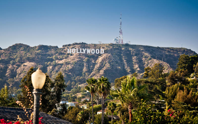 La vista di Hollywood firma dentro Los Angeles fotografie stock libere da diritti