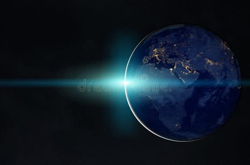 La vista di pianeta Terra alla notte con le luci delle città su Europa e sull'Africa 3D che rendono gli elementi di questa immagi illustrazione di stock