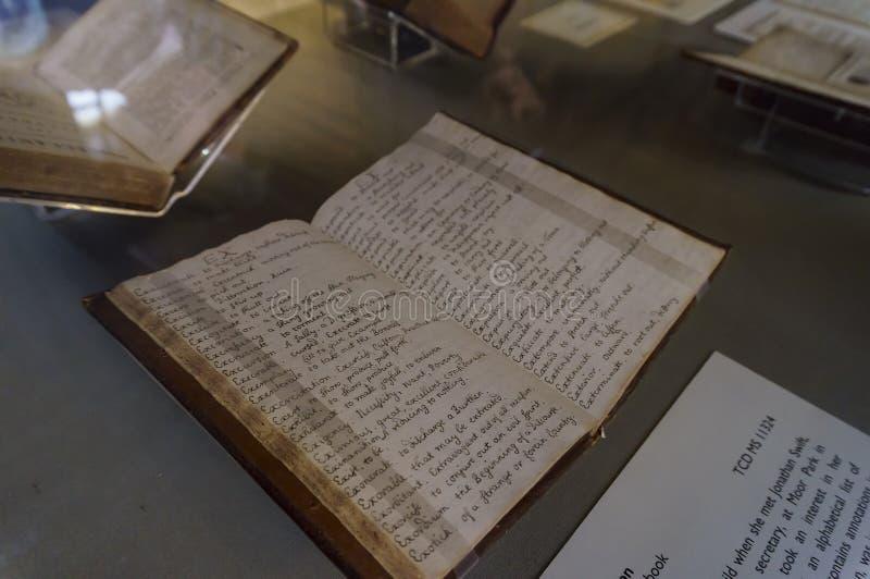 La vista interior famosa del libro de Kells de la universidad de la trinidad fotografía de archivo libre de regalías
