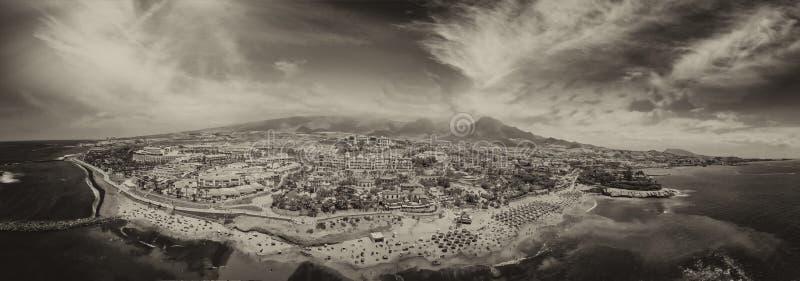 La vista panorámica de Las hermoso Américas vara en Tenerife fotos de archivo