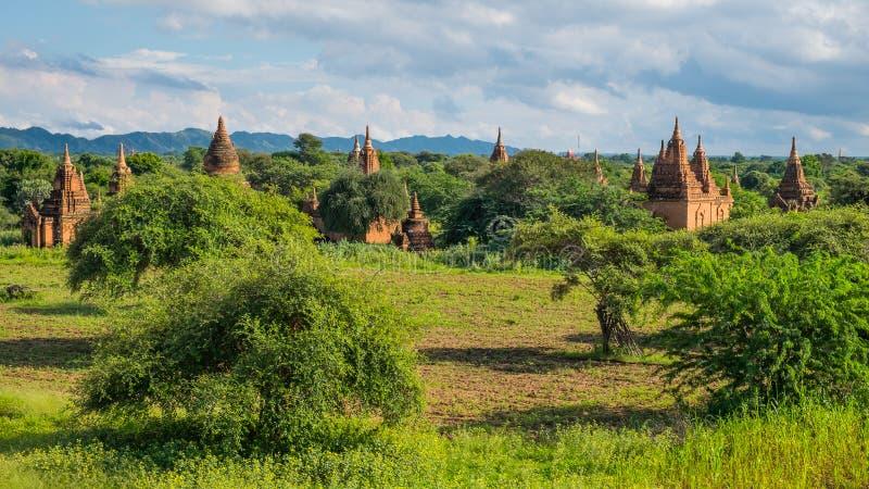 La vista panorámica de las pagodas de Bagan coloca, ciudad de Bagan Ancient, Manda imágenes de archivo libres de regalías