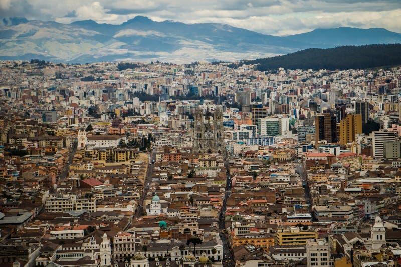 La vista panoramatic de la ciudad de Quito, Ecuador fotos de archivo libres de regalías