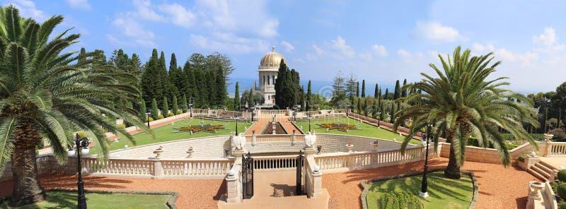 La vista panoramica del Bahai fa il giardinaggio nella grande dimensione fotografia stock