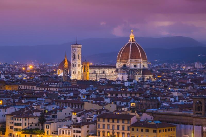 La vista panoramica sopra la città di Firenze da Michelangelo Square ha chiamato Piazzale Michelangelo immagine stock