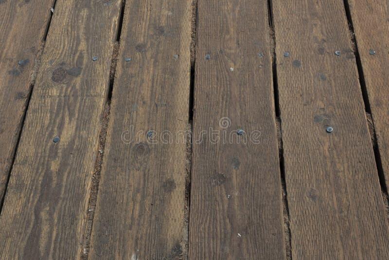 La vista recta del decking de madera sube en Santa Monica Pier fotografía de archivo
