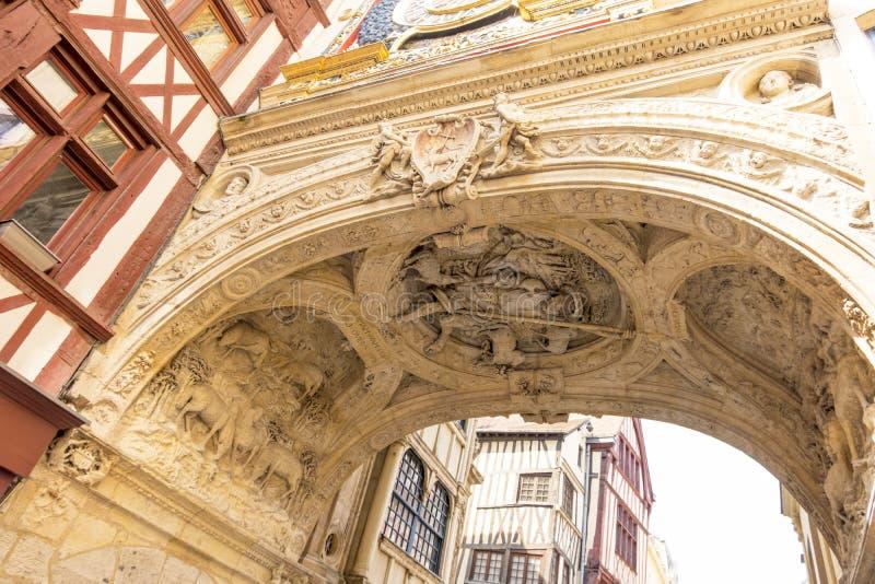 La voûte de la grande horloge à Rouen Bon berger découpant dans la voûte de la tour d'horloge de Rouen La Normandie, France photographie stock