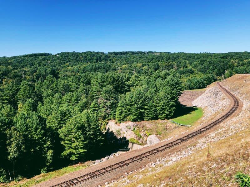 La voie ferrée du barrage de Thomaston photographie stock
