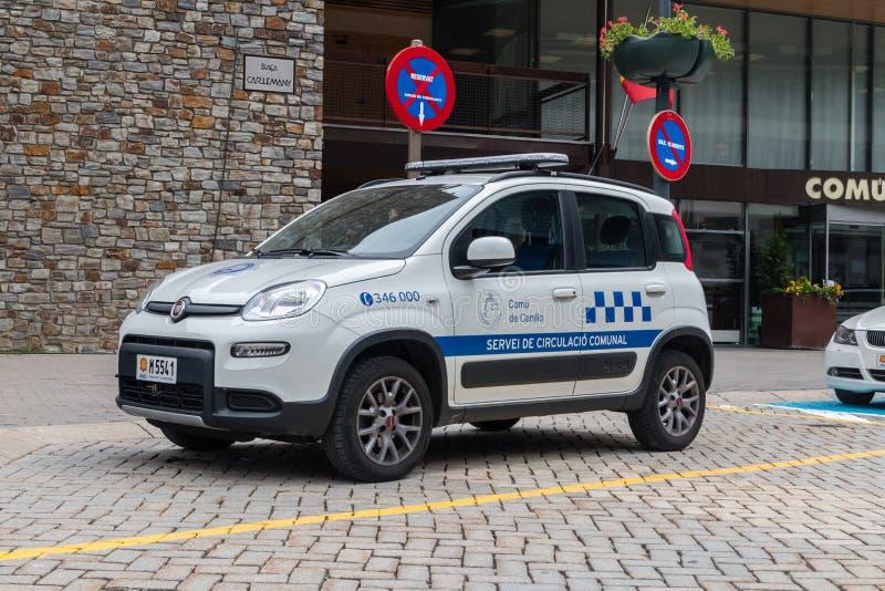 La voiture appartiennent au service communal du trafic dans Canillo photographie stock libre de droits