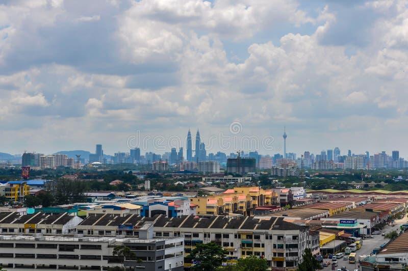 La vue aérienne de Kuala Lumpur du Batu foudroie, la Malaisie photo libre de droits