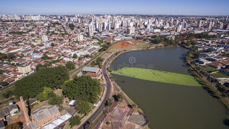 La vue aérienne de la ville du sao Jose font Rio Preto à Sao Paulo dedans images libres de droits