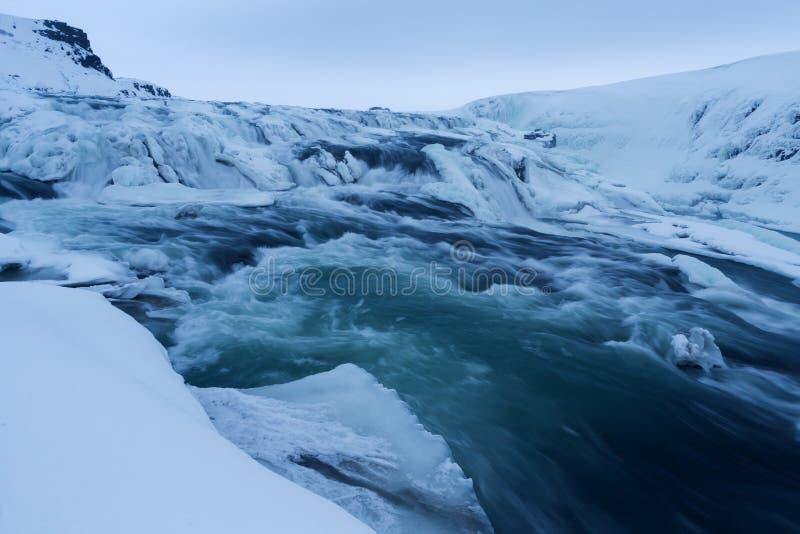La vue d'hiver du Gullfoss tombe, l'Islande photographie stock libre de droits