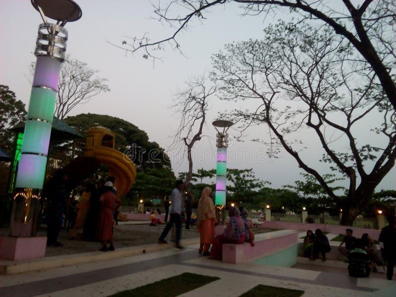La vue de crépuscule du parc de Dels badine la zone image libre de droits