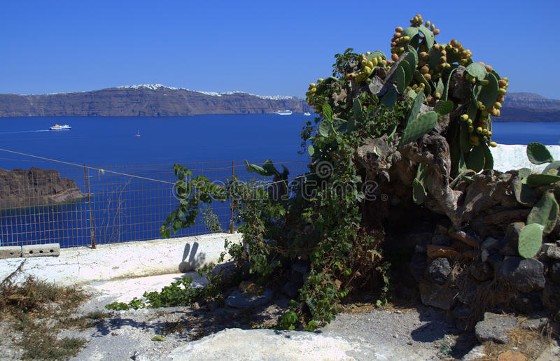 La vue de l'île de Thirassia, Grèce image libre de droits