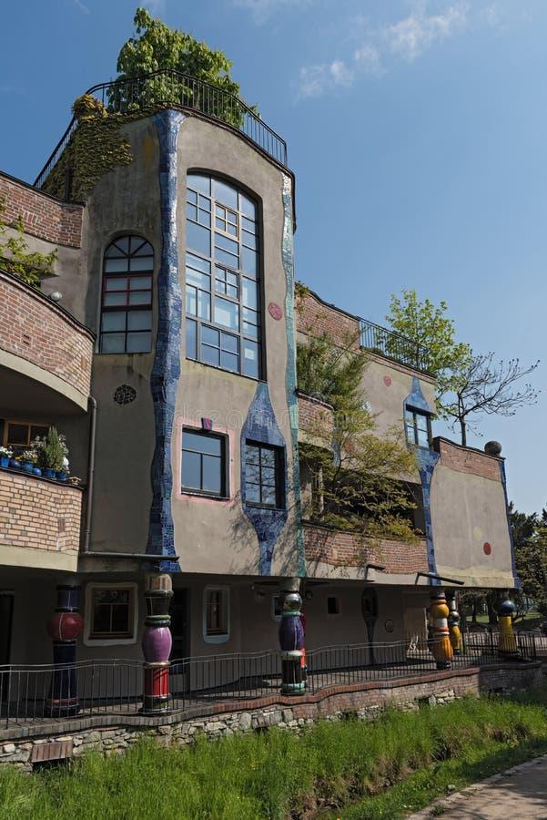 La vue de la maison de Hundertwasser dans mauvais Soden, Allemagne images libres de droits
