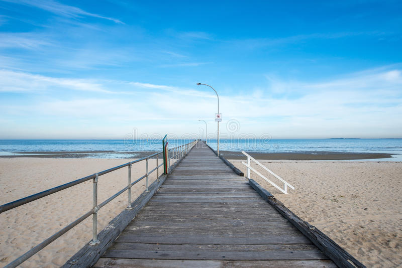 La vue de paysage de la plage d'Altona, Melbourne, Australie photos libres de droits