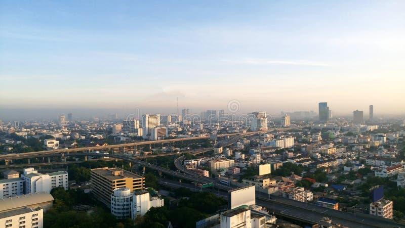 La vue de paysage urbain de Bangkok, Thaïlande Vue courbe de buil photo stock