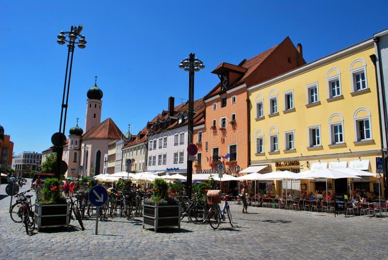 La vue du centre historique de thhe de Straubing image stock