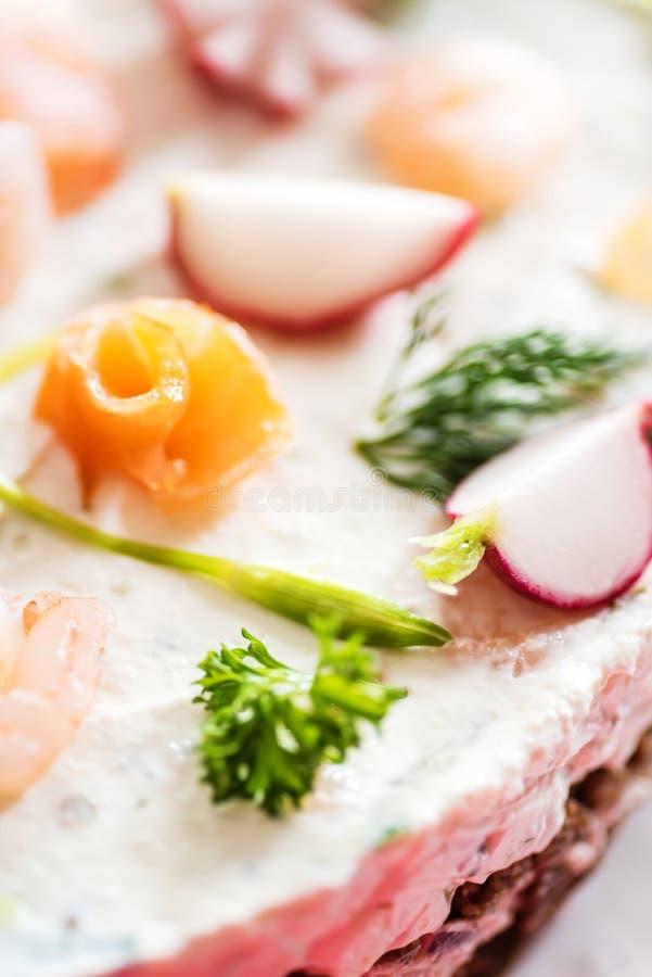La vue supérieure et le détail du sandwich finlandais à insulaire durcissent photographie stock libre de droits