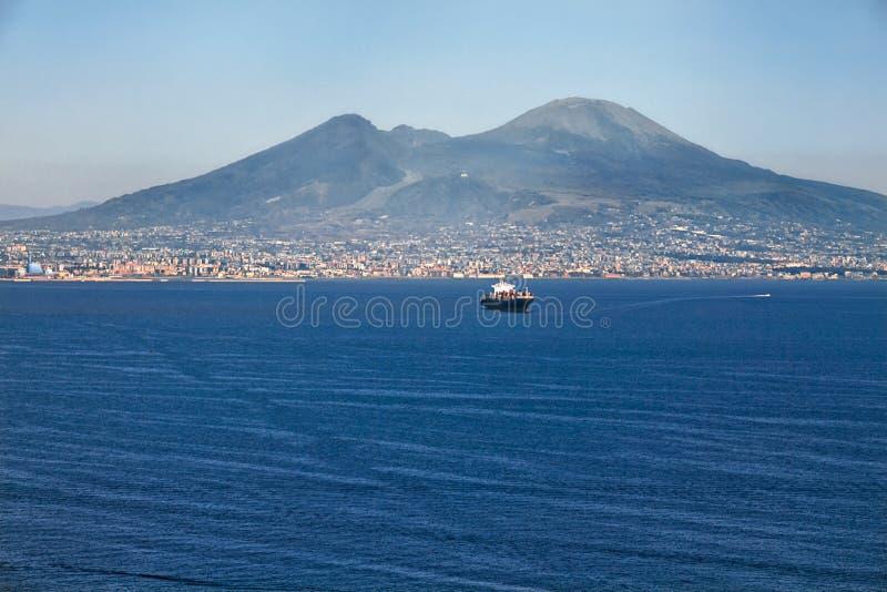 La vue sur le grand mont Vésuve, Italie image stock