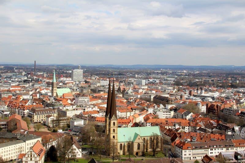 La vue sur la structure établie a observé du sparrenburg à Bielefeld Allemagne image stock