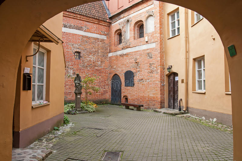 La yarda de la ciudad vieja. fotos de archivo